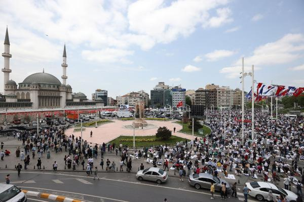 Taksim Camisi açılışı