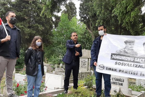 Sinan Cemgil'in mezarı başındaki anma