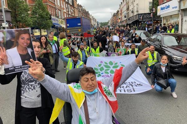 Londra'da Deniz Poyraz için kitlesel protesto