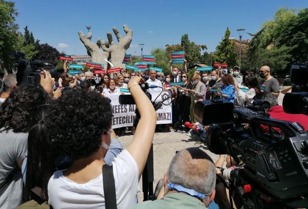Ankara'da gazetecilerin eylemi