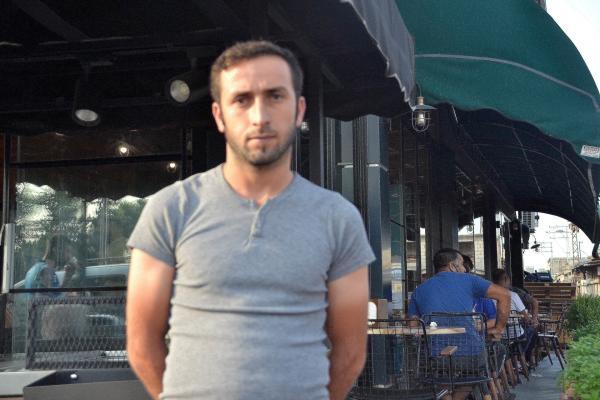Adana'da röportaj yaptığımız Mehmet Kurt isimli yurttaş.