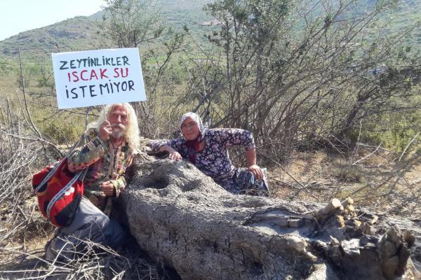 İkizköy'de ağaçların kesilmesine karşı direnen köylüler