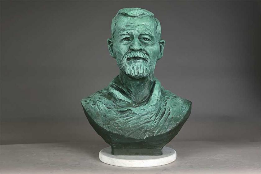 Ahmet Telli'nin 70. yaşı için resim ve heykel sergisi