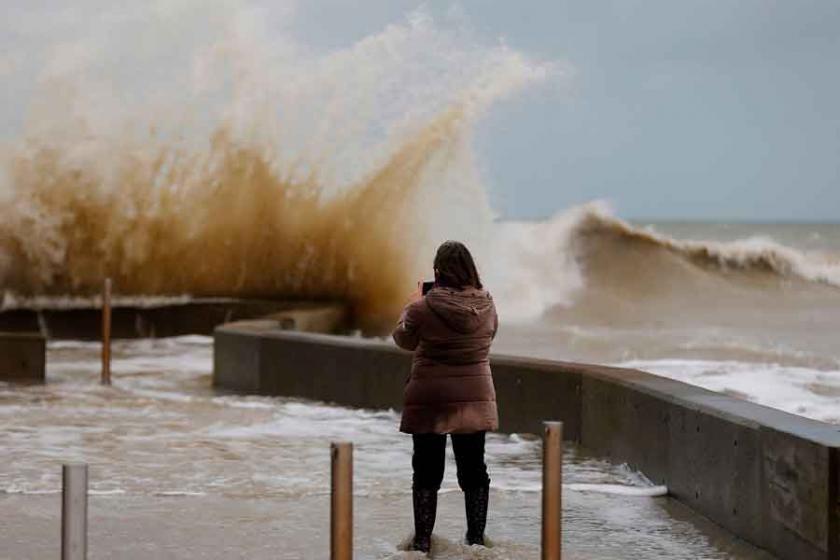 Avrupa'da Eleanor Fırtınası: En az 4 ölü