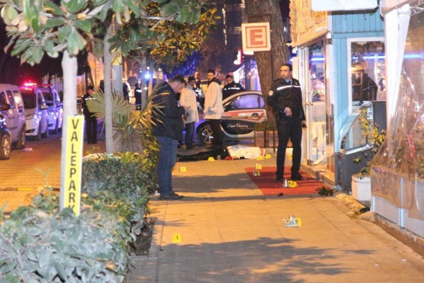 Kadıköy'de silahlı kavga: 1 ölü,1 yaralı