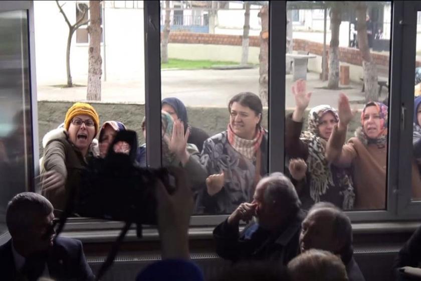 ÇED toplantısında yurttaşları azarlayan görevli açığa alındı
