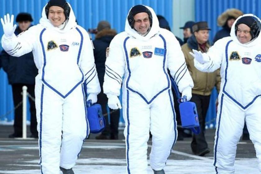 Japon astronot özür diledi: 9 değil 2 santim uzadım