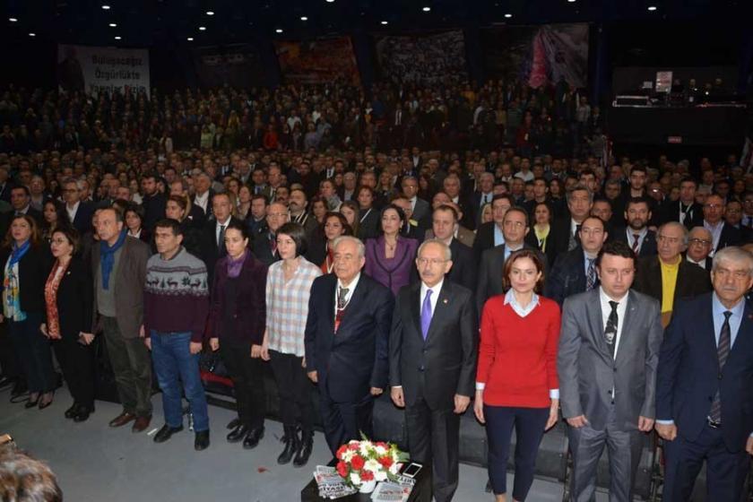 İki adayın yarıştığı CHP İstanbul İl Kongresi yapılıyor