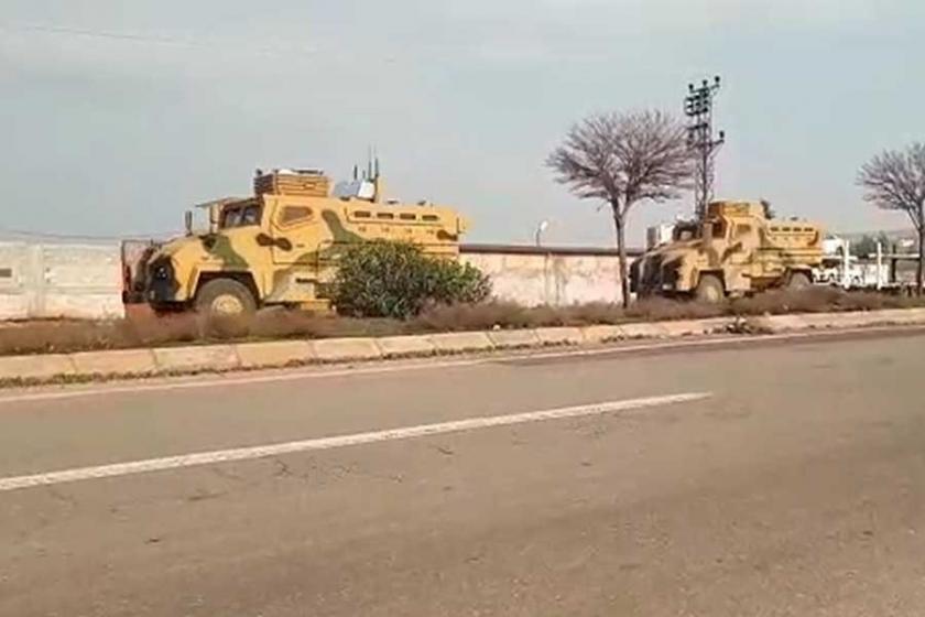 Türkiye'den Afrin mevzilerine top atışı
