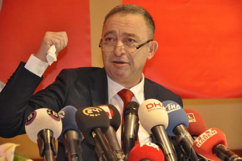 Ümit Kocasakal CHP Genel Başkanlığı'na adaylığını açıkladı