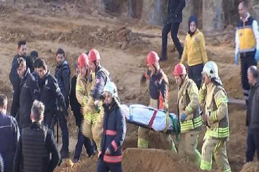 Sultangazi'de inşaat alanında toprak kayması: 1 kişi öldü