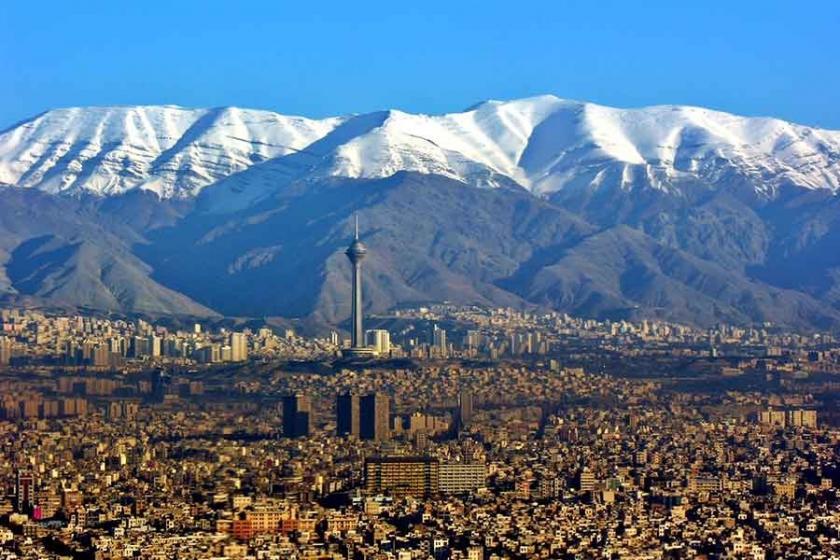 Görünen rejim kılavuz istemez: İran protestoları