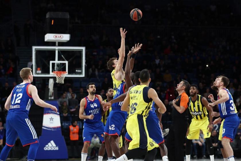 Türkiye derbisinde kazanan Fenerbahçe Doğuş