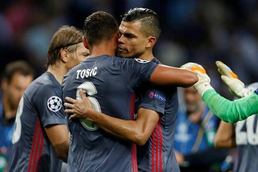 Pepe ve Tosic Antalya'ya götürülmedi