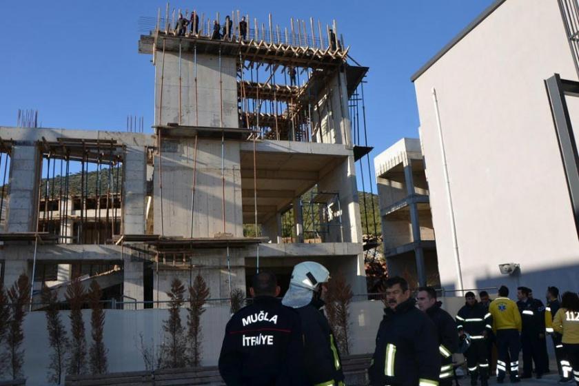 Muğla'da ücretleri ödenmeyen işçiler inşaatın tepesine çıktı