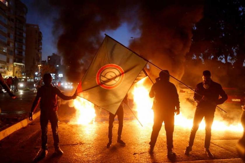 Lübnan'da siyasi tansiyon yükseliyor