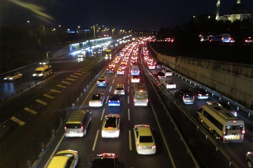 İstanbul'da 'ikinci dönem' trafiği