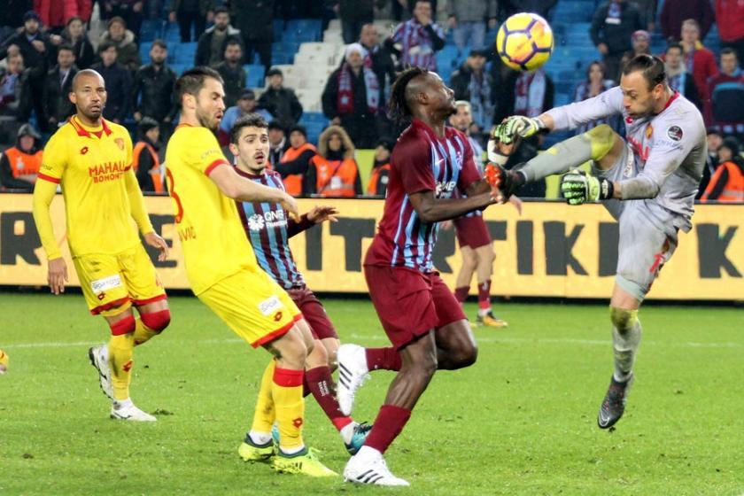 Trabzonspor evinde Göztepe ile 0-0 berabere kaldı
