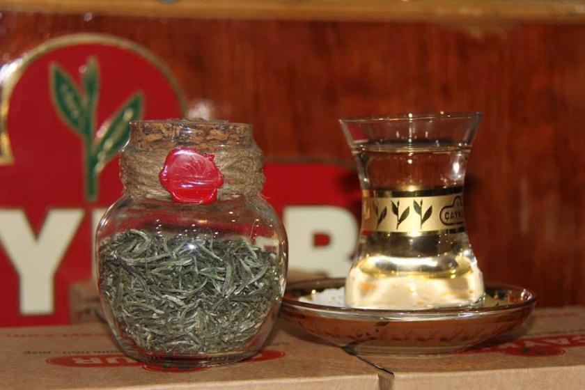 4 bin 500 liralık beyaz çayın üretimi arttı, yine yetmedi!