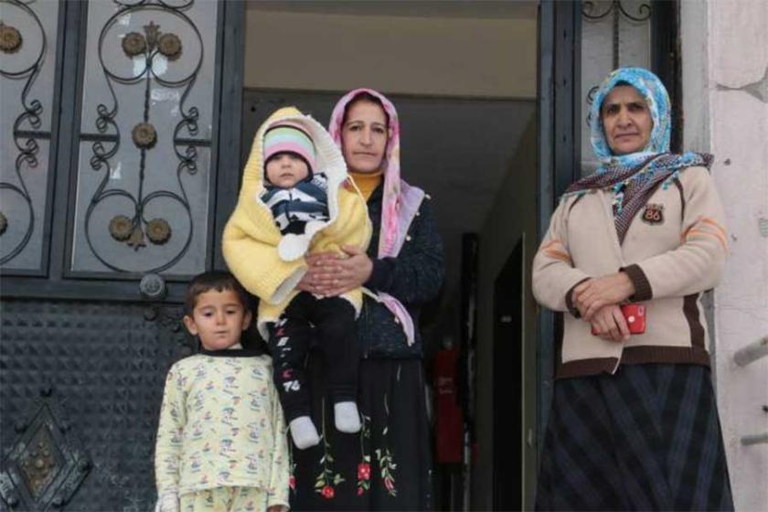 Van'da depremzedeler kömür yardımı bekliyor