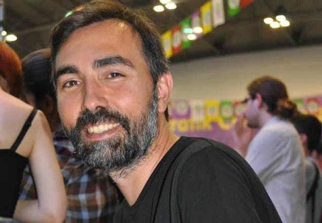 Vicdani retçi Mehmet Tarhan'a hapis ve para cezası!
