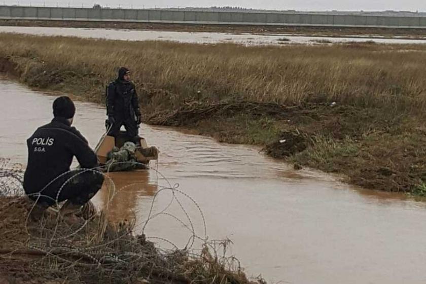 Zırhlı araç sele kapıldı: 2 asker yaşamını yitirdi