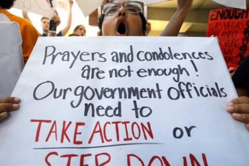 Florida'daki katliamdan kurtulanlar Washington'a yürüyecek