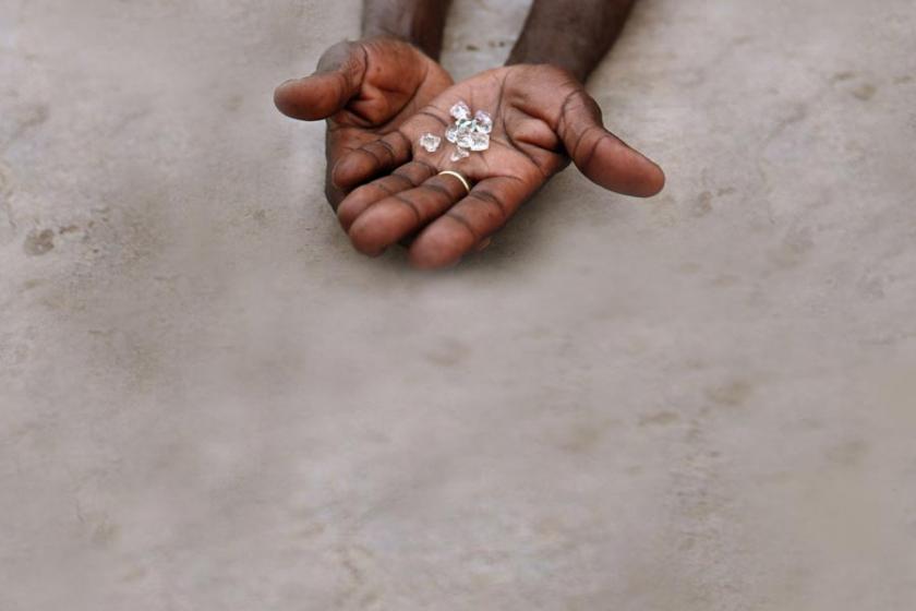 Güney Afrika'da elmas madenlerinin kararttığı yaşamlar