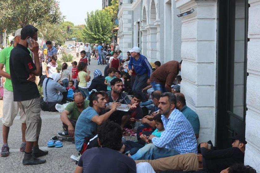 AB mülteciler için Türkiye'yi vereceği parayı onayladı