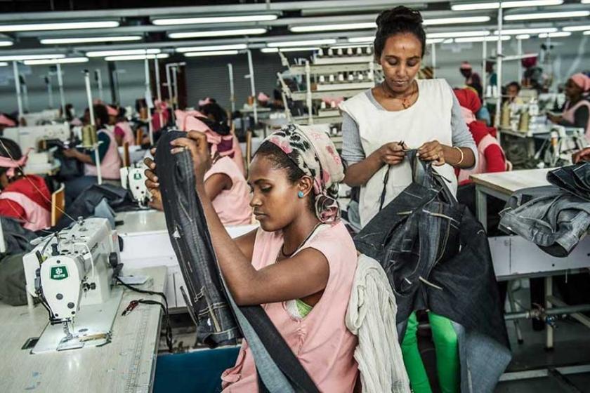 H&M Etiyopya'da hem emeği sömürmüş hem de destek almış