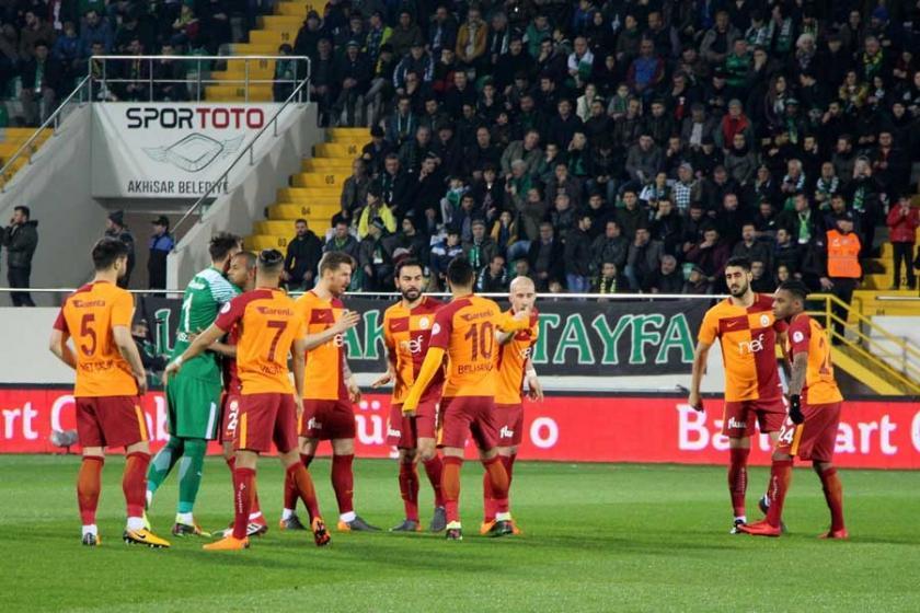 Galatasaray, Akhisar'ı yendi, avantajı ele geçirdi