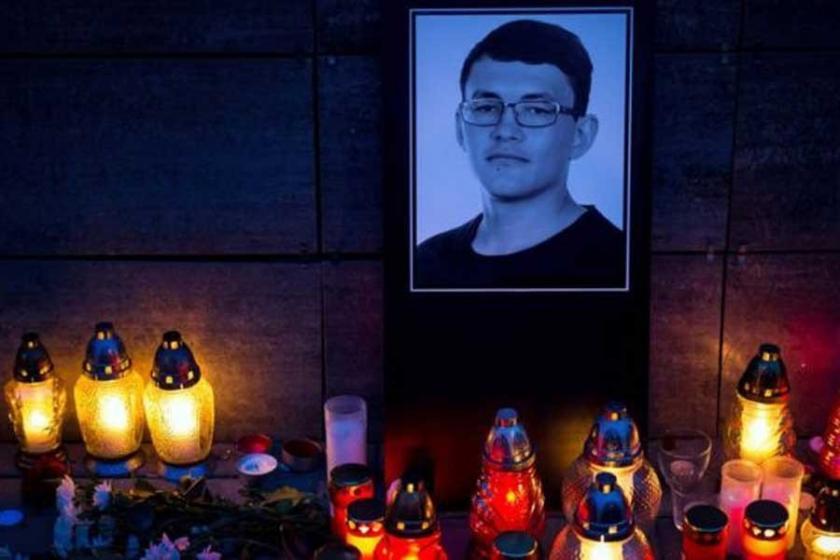 Slovakya'da Kuciak cinayeti sonrası 3 siyasetçi istifa etti