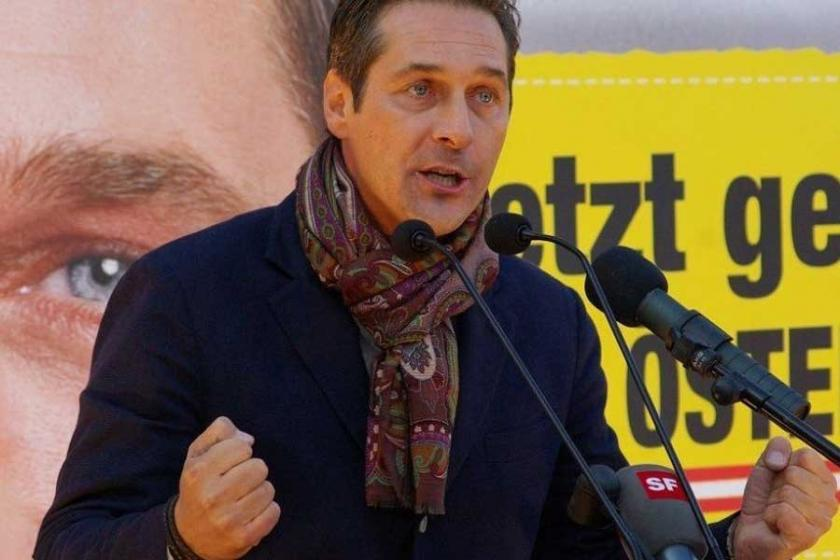 Avusturya'da karar: Vatandaşlar siyasetçilere küfür edebilir