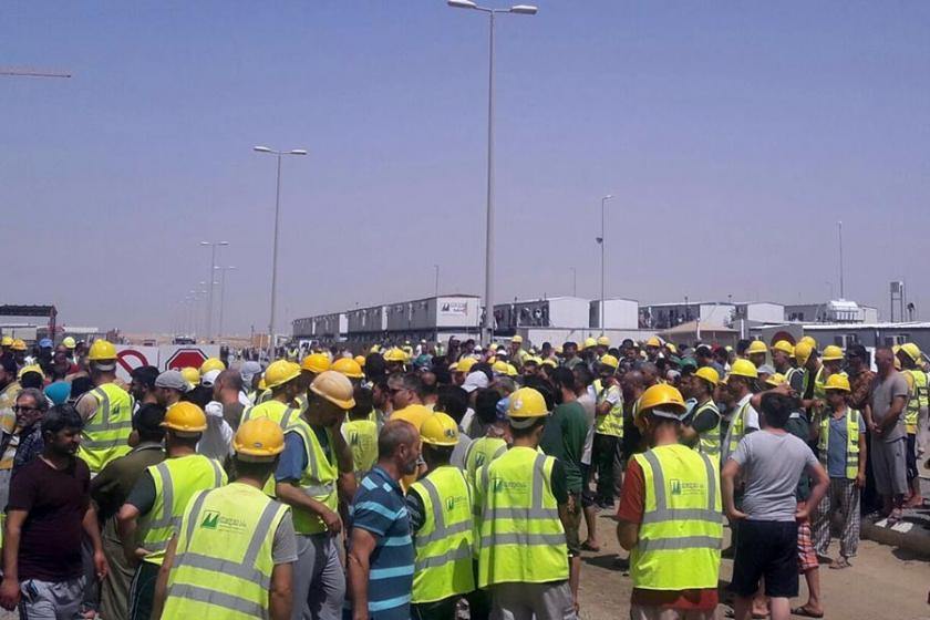 Cidde'de çalışan inşaat işçilerinin grevi sürüyor