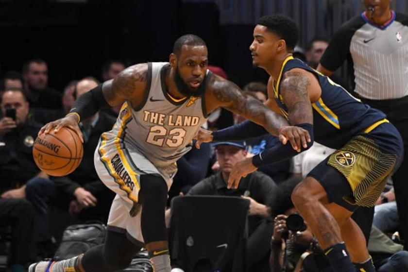 Denver'da Cavs'i LeBron James taşıdı