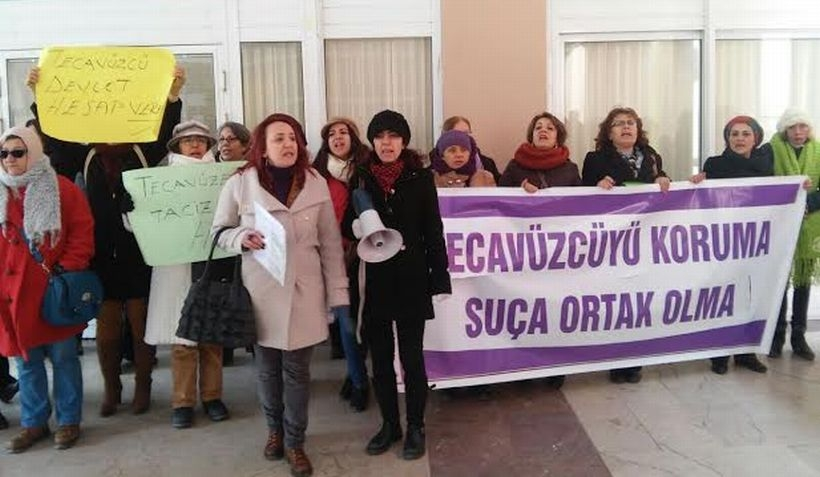 Taciz sanıkları adli tıp raporuna rağmen tutuklanmadı