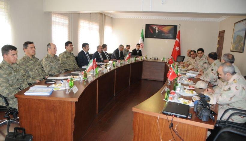 Van'da İran-Türkiye sınırı toplantısı