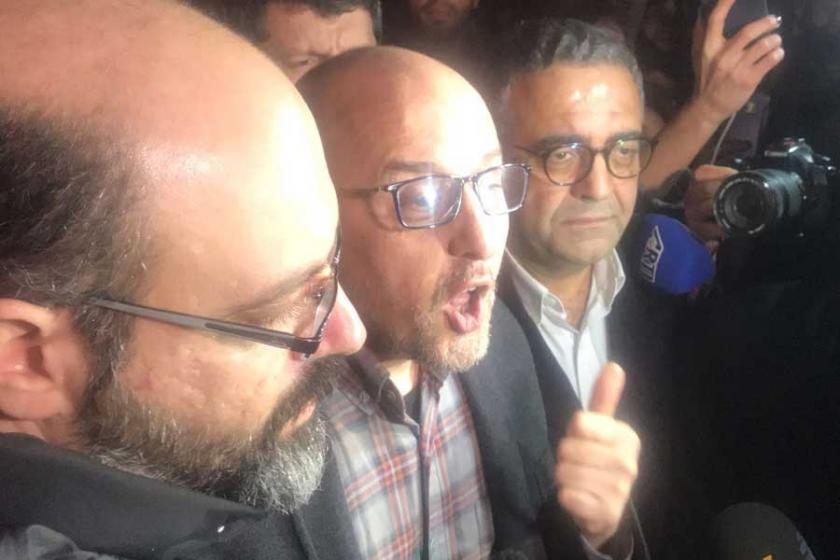 Ahmet Şık ile Murat Sabuncu cezaevinden çıktı