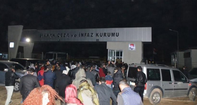 Şırnak'ta tahliye edilen siyasetçilere kitlesel karşılama