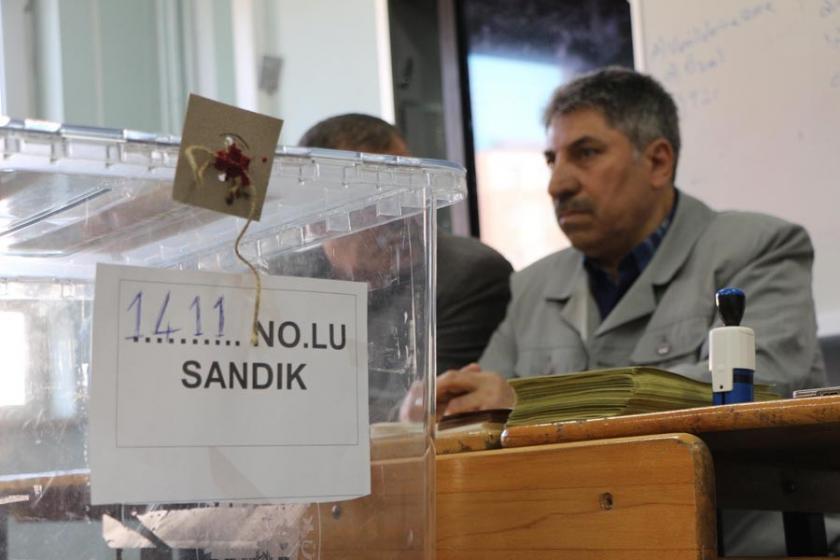 AKP ve MHP  ittifak yasasını hızla geçirme derdinde
