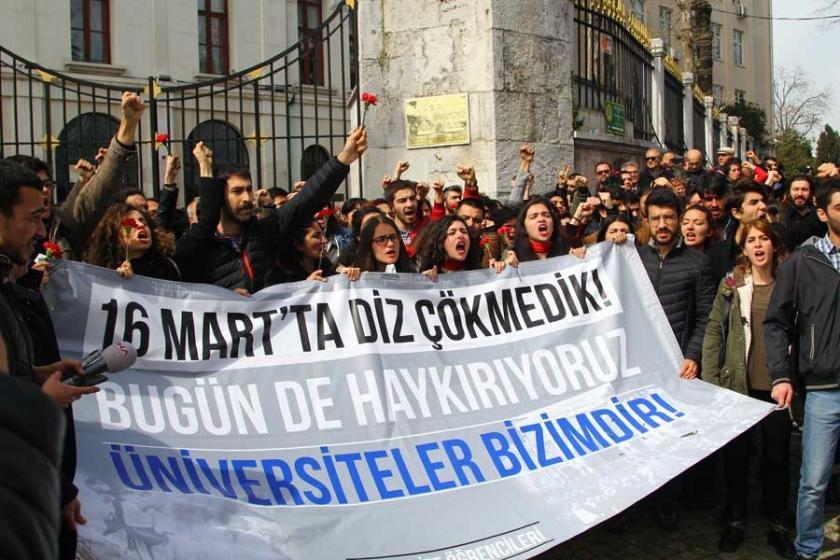 İstanbul Üniversitesinde Beyazıt ve Halepçe anması
