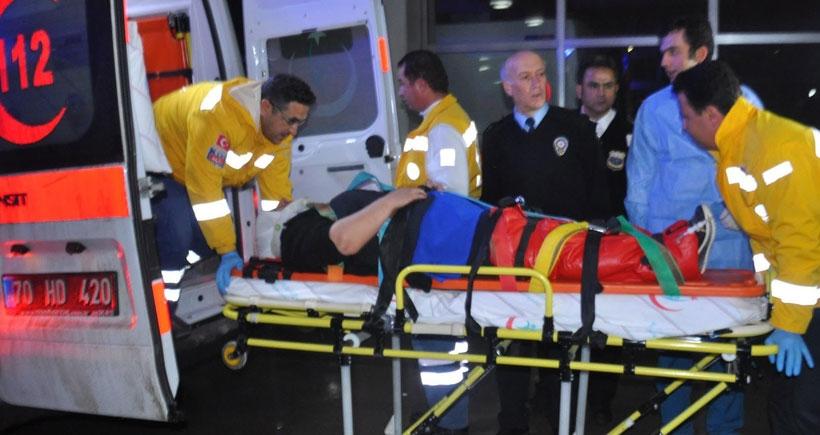 İşçileri taşıyan minibüs, kamyonete arkadan çarptı: 16 yaralı