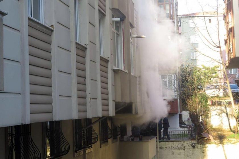 İstanbul Ümraniye'de 5 katlı binada yangın çıktı