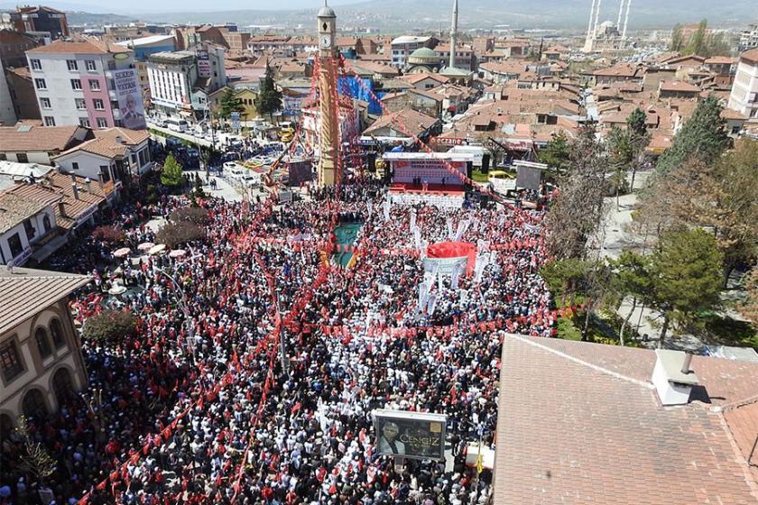 Kılıçdaroğlu: Tefeciye borç ödemek için fabrikaları satıyorlar