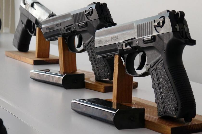 Danimarka Suudi Arabistan'a silah satışını askıya aldı
