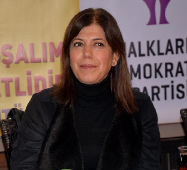 HDP'li Beştaş: 550 milletvekilinden 275'i kadın olmalı