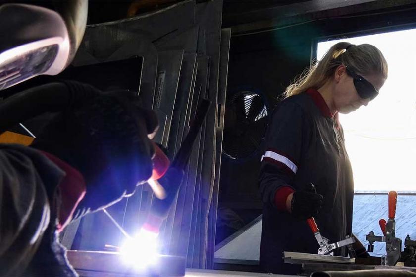 """Metal işçisi kadınlar """"Kadın İşçiler Kurulu"""" talebini değerlendirdi"""