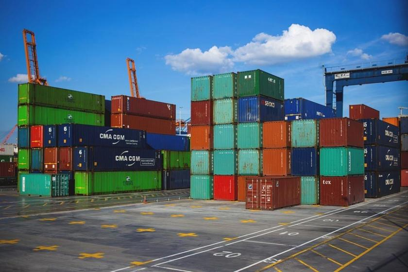 Dış ticaret açığı 5.5 milyar dolar