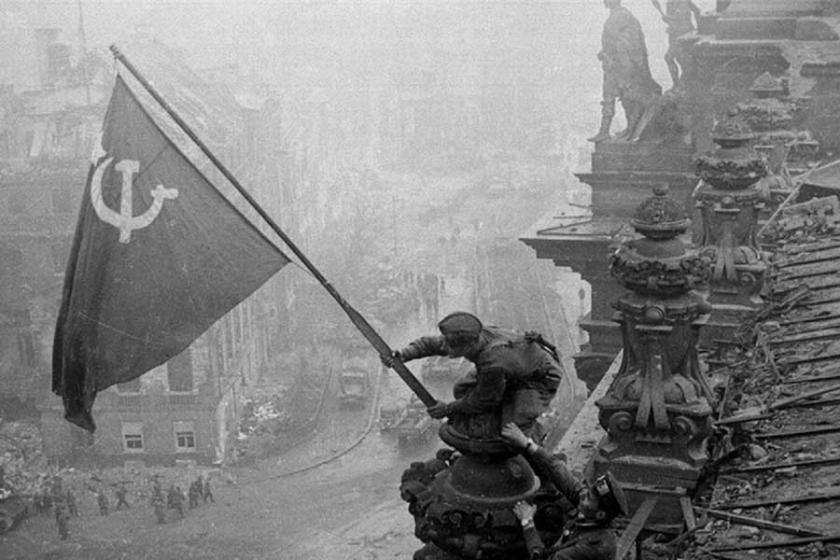 Faşizmin yenilgisi, insanlığın zaferi