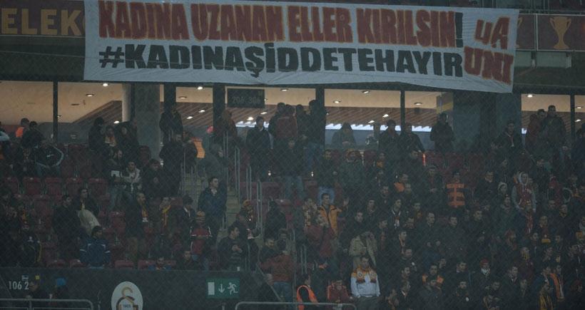 Galatasaray, Özgecan'ı unutmadı